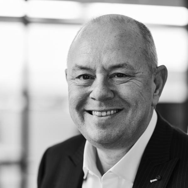 Van Tornhaut Dirk - Managing Director